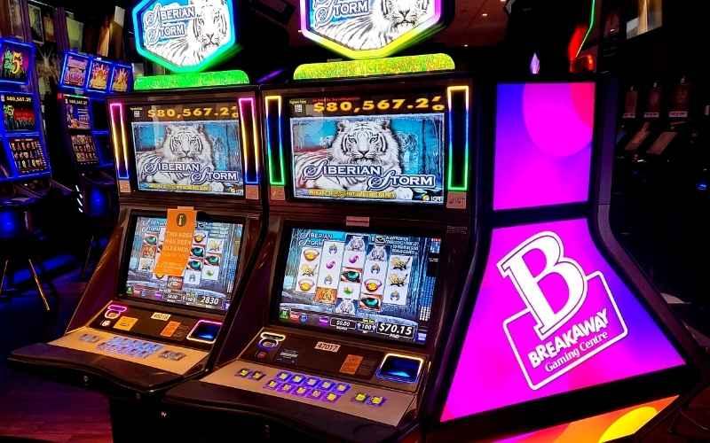 breakaway-gaming-centre-vegas-style-games-windsor-we-bingo-essex-slot-machines